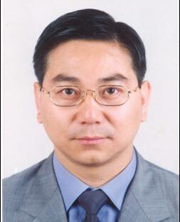 众 陈贤章晋任总经理